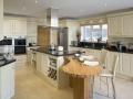 european-style-popular-kitchen-design-02