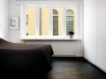 elegant-personality-small-apartment-interior-design-05