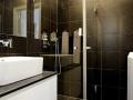 elegant-personality-small-apartment-interior-design-21