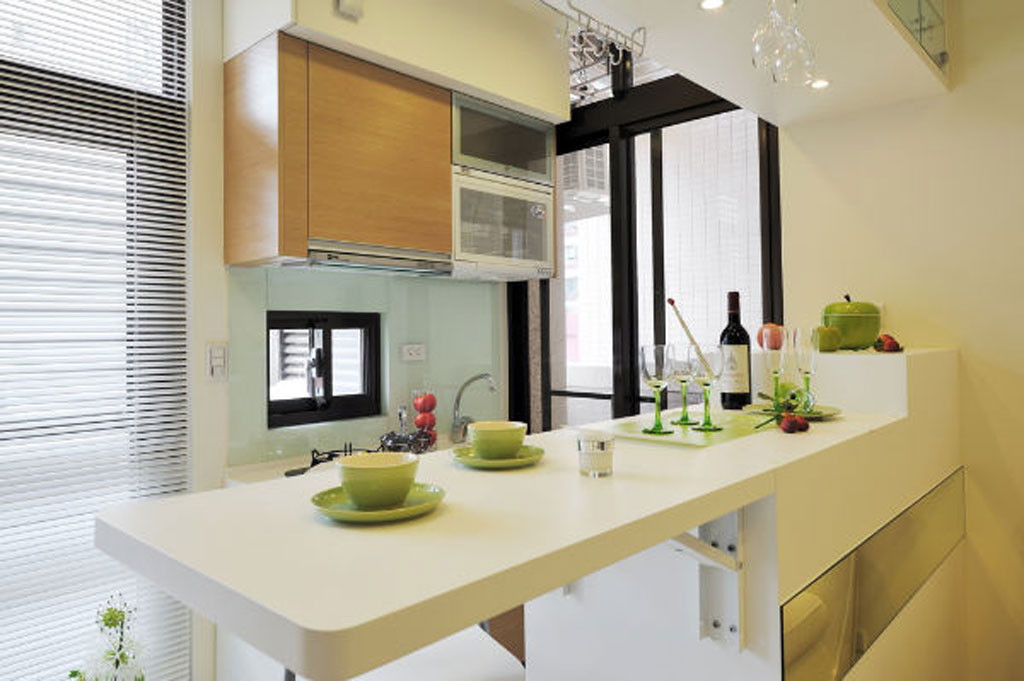 fresh look soho apartment interior design kustomate