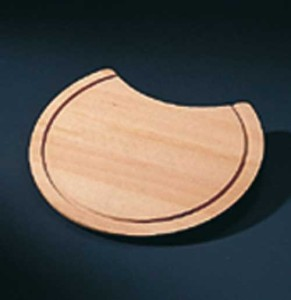 WOODEN CUTTING BOARD S1040