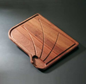 WOODEN CUTTING BOARD S1130