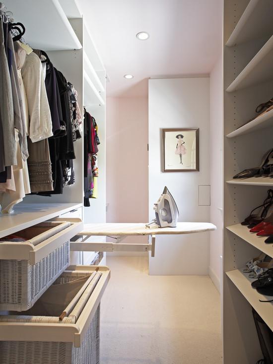 Good functional walk-in wardrobe