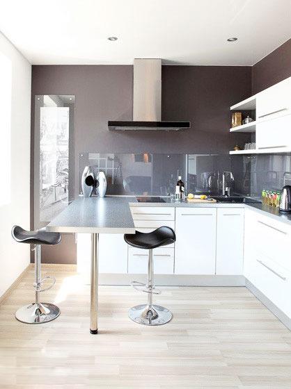 kitchen bar
