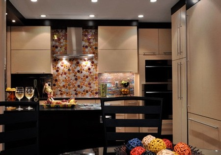 6 Types Of Small Apartment Kitchen Tile Colors 01