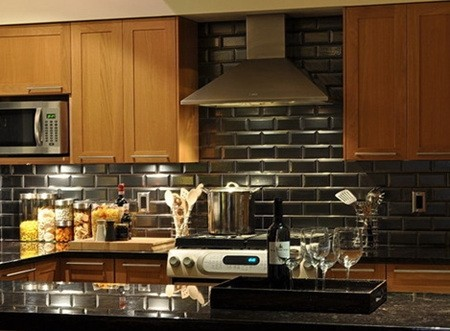 6 Types Of Small Apartment Kitchen Tile Colors 02