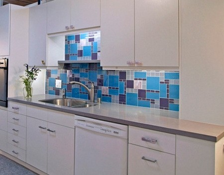 6 Types Of Small Apartment Kitchen Tile Colors 04